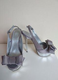 b1ce34754fd7 Peppe Castell red designer Patent heels platform bow detail size 40 ...
