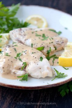 Chicken Breasts Poached in Wine and Butter Sauce { Supremes de Volaille a Blanc } Best Chicken Recipes, Turkey Recipes, Whole Food Recipes, Dinner Recipes, Healthy Recipes, White Wine Chicken, Chef Cookbook, Poached Chicken, Butter Sauce