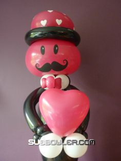 Creation by Sue Bowler with Qualatex balloons Valentine Decorations, Balloon Decorations, Balloon Ideas, Qualatex Balloons, Ballons, Valentine Day Love, Valentine Ideas, Balloon Gift, Balloon Bouquet