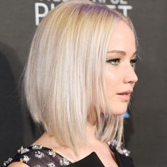 Sexy: Jennifer Lawrence mit Long Bob im Sleek Look