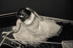 Bride Walking Down The Stairs   Pauleenanne Design   13 One Photography
