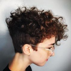 70 Most Gorgeous Mohawk Hairstyles of Nowadays curly pixie with undercut Undercut Curly Hair, Curly Pixie Haircuts, Short Curly Pixie, Haircuts For Curly Hair, Curly Hair Cuts, Undercut Hairstyles, Short Hair Cuts, Undercut Pixie, Short Curls