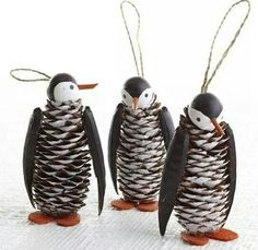 Cute christmas penguin crafts for kids hative painted pine cone daisy zinnia flowers zinnia pine cones white daisy magnoliafloral on artfire Christmas Projects, Holiday Crafts, Spring Crafts, Holiday Decor, Pine Cone Art, Wooden Christmas Ornaments, Penguin Ornaments, Penguin Craft, Pine Cone Christmas Decorations