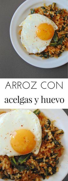 Arroz con acelgas y huevo a la plancha | Receta de tastydetails.com