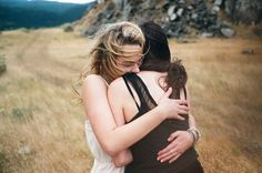 The average length of a #hug is 3 seconds. Research has discovered when a hug lasts at least 20 seconds, there's a therapeutic effect on body & mind. Sincere hugs produce #oxytocin - the love hormone. This substance has many benefits for physical & #mental health; helping relax & feel safe & calm anxiety, among many other things.