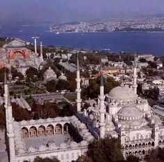 http://terre.sans.frontiere.free.fr/page_a_voir_a_faire/a_voir_a_faire_images/mosquee_bleue_8.jpg