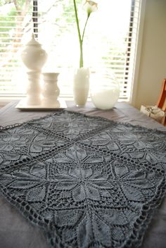 Ravelry: knitabulous' foursquarehttps://www.facebook.com/DoMeCt/posts/10202978963137478