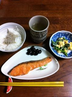 """Japanese breakfast  """"Japanese rice is delicious. """""""