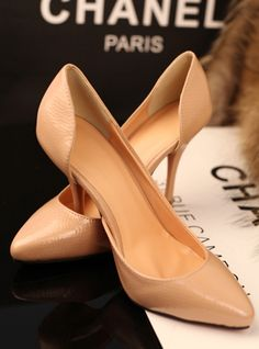 patent leather shoes - http://zzkko.com/n53209-013-summer-new-European-and-American-fashion-fine-embossed-patent-leather-shoes-with-a-single-shallow-mouth-high-heels-women $13.00