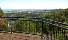 Beamer Memorial Conservation Area - great lookouts of Grimsby and Lake Ontario Great Places, Places To Go, Beautiful Places, Erie Beach, Niagara Region, Reasons To Live, Nature Reserve, Hiking Trails, Where To Go