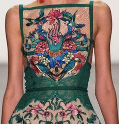 patternprints journal: PATTERNS, PRINTS, TEXTURES AND SURFACES INTO S/S 2017 FASHION COLLECTIONS / NEW YORK 14 - Tadashi Shoj