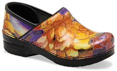 Introducing the Dansko Spring/Summer 2013 shoes! This Dansko Professional Fresco Patent offers bright, vibrant colors sure to make any outfit pop! Sanita Shoes, Clogs Shoes, Dress Slacks For Women, Chef Clogs, Timberland Heels, Nursing Shoes, Nursing Outfits, Leather Clogs, Professional Women