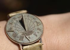 Vintage Fossil Sundial Watch.