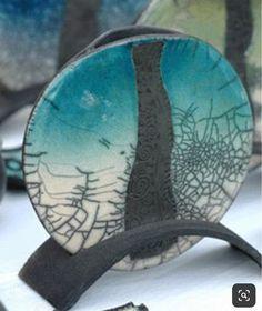 Ceramic Birds, Ceramic Clay, Raku Pottery, Pottery Art, Pottery Lessons, Plaster Molds, Coil Pots, Clay Design, Tea Bowls