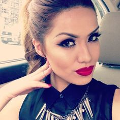IG: ILUVSARAHII.. Idea for an old Hollywood glam/ 1920's makeup for my party.