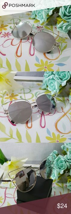 HIGH QUALITY CAT EYE MIRROR VINTAGE  SUNGLASSES Silver HIGH QUALITY CAT EYE MIRROR VINTAGE  SUNGLASSES Cat eye Women Sunglasses 2017 New Brand Design Mirror Flat  Vintage Cateye Fashion sun glasses lady Eyewear  58mm   ALSO AVAILABLE IN MY CLOSET. LATEX WAIST TRAINER NEOPRENE CONTROL CINCHER VEST CORSET BUTT LIFTER PADDED PANTY SWIMSUIT WOMAN MEN SUNGLASSES SILICONE BRA ADHESIVE NIPPLE COVERS PHONE Accessories Sunglasses