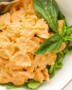 Brock even suggested it could be a meal he could make vegan tomato basil cream pasta Vegan Vegetarian, Vegetarian Recipes, Cooking Recipes, Healthy Recipes, Vegan Food, Pasta Recipes, Detox Recipes, Recipe With 10 Ingredients, Cream Pasta