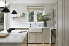 London Townhouse, Shaker Style, Signature Style, Kitchen Cabinets, Interior, Classic, Design, Home Decor, Restaining Kitchen Cabinets
