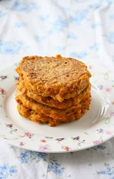 These Carrot Fritters are a great way to get a serving of veggies!!!  collectingmemoriess.blogspot