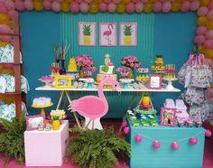 """1,271 curtidas, 4 comentários - Fabiola Teles (@encontrandoideias) no Instagram: """"Festa Flamingo e Abacaxi. Por @facafestapetrolina #encontrandoideias #blogencontrandoideias…"""""""