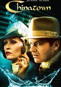 Siguiendo la tradición del mejor Cine Negro, Chinatown de Roman Polanski se ha convertido en un auténtico clásico del Séptimo Arte. Jack Nicholson es el detective privado Jake Gittes, que reside en una soleada California del Sur de antes de la guerra