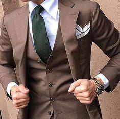Groom Tuxedo Wedding, Wedding Men, Wedding Suits, Dress Wedding, Brown Suit Wedding, Formal Wedding, Mens Fashion Suits, Mens Suits, Men's Fashion