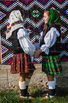 'A biblical landscape', 'a land that time forgot' and 'a step back in time to a medieval rural life', Maramures is a magical place with ancient traditions and superstitions spanning the centuries Romanian People, Romanian Girls, Folk Costume, Costumes, City People, American Country, Eastern Europe, Traditional Outfits, Drake