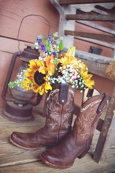 Love this shot...planning to do the boots and use sunflowers as some decorations