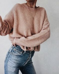 30 Cozy Sweater Weather Outfits Vol. 1 005 2019 30 Cozy Sweater Weather Outfits Vol. 1 005 The post 30 Cozy Sweater Weather Outfits Vol. 1 005 2019 appeared first on Sweaters ideas. Gros Pull Oversize, Fall Winter Outfits, Autumn Winter Fashion, Autumn Style, Spring Style, Hipster Outfits Winter, Winter Outfits Tumblr, Ootd Winter, Winter Fashion Casual