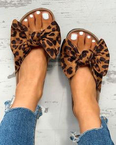 Shop Bowknot Design Slingback Flat Slipper Sandals right now Cute Shoes, Me Too Shoes, Bow Flip Flops, Shoes 2018, Slingback Flats, Slipper Sandals, Flat Sandals, Shoes Sandals, Sandals Outfit