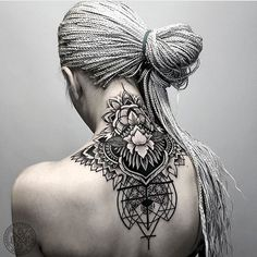 Great design, great photo.  By @otheser_dsts Click the link in our bio to like us on Facebook! #tattooartist #dotwork #tattoo #inked #tattooart