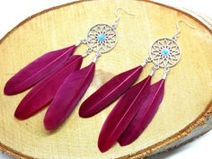 Dreamcatcher earrings,bohemian earrings,boho chic earrings,feather earrings ,boho earrings,gypsy earrings,bohemian jewelry door HipLikeMe op Etsy https://www.etsy.com/nl/listing/258132725/dreamcatcher-earringsbohemian