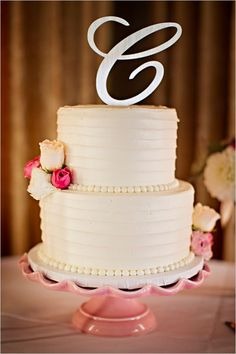 love this pink wedding cake stand :  : see more pink weddings