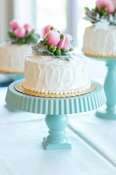 ♔ Beautiful cakes with fresh flowers ~