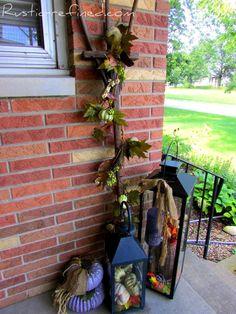 Rake Round-Up with Fall Garland Porch Decorating, Decorating Ideas, Craft Ideas, Fall Garland, Garden Junk, Autumn Inspiration, Front Porch, Ladder Decor, Cool Designs