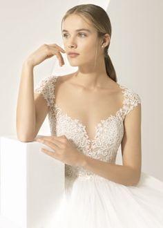 Unique Wedding Gowns, Unique Weddings, Luxury Wedding, Bridal Shoes, Bridal Style, Bridal Dresses, Marie, Wedding Planner, Tulle