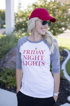 Are you looking for perfect fall attire that puts you in the game day spirit? Click for more details on these cute pieces that are so versatile and perfect for Friday night lights! Red hat | Red converse | Black sweats | Cute sweats | Game day attire | Fall fashion | Sunglasses