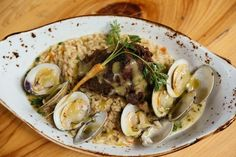 Grand Isle Restaurant in #NewOrleans serves some of the freshest Louisiana seafood available, coming from the waters off of Grand Isle, Louisiana to your table without ever touching the freezer. Photo: 10best.com