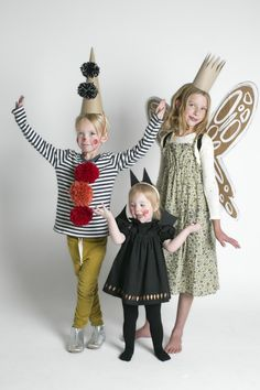 Halloween Costumes with Kids 21 - Mer Mag A little clown, baby bat and garden fairy, oh my! Diy Halloween, Halloween Costume Contest, Halloween Costumes For Kids, Fairy Costume Kids, Bat Costume, Dress Up Costumes, Diy Costumes, Tutu Dresses, Costume Ideas