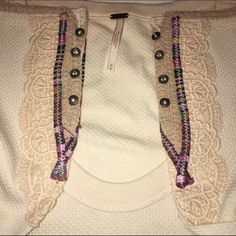 Free People Meadow Fiesta cuff thermal NWOT Free People Meadow Fiesta cuff thermal in oatmeal. It's too big  would trade for small, excellent or new condition only. Price is firm. Free People Tops