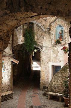 San Remo, Italy Ω