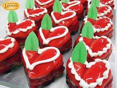 Πάστες - Αγ.Βαλεντίνου #valentinesday Valentines, Sugar, Cookies, Desserts, Food, Valentine's Day Diy, Crack Crackers, Tailgate Desserts, Deserts