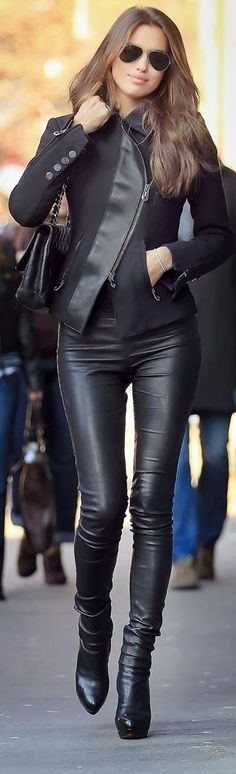 Ray bans with black boots leather skinny pants and jacket