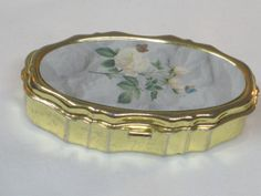 Vintage Pill Box White Flowers by mimmiestreasurechest on Etsy, $7.00