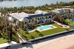 [CASA DEL DÍA] La Completamente Nueva Mega Mansión Frente Al Mar En El Sur De La Florida – A La Venta Por $45 MILLONES