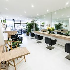Eva Organic in the sunny Gold Coast was on of the 50 salons choose worldwide for Oway's collection! Cut off is tonight for any Oway salon wanting to enter! Home Hair Salons, Hair Salon Interior, Salon Interior Design, Home Salon, Beauty Salon Decor, Beauty Salon Design, Hair And Beauty Salon, Organic Hair Salon, Barber Shop Decor