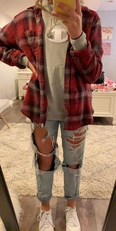 41 trendy fall outfit ideas for teenage girls . - Trendy outfits - 41 trendy fall outfit ideas for teenage girls … - Winter Outfits For Teen Girls, Trendy Fall Outfits, Cute Comfy Outfits, Cute Outfits For School, Teen Fashion Outfits, Casual Summer Outfits, Mode Outfits, Lazy School Outfit, Popular Outfits