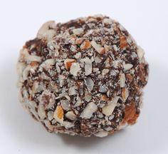 Luxx Chocolat Amaretto Crunch...  Crunchy toasted almonds cover creamy Amaretto liqueur infused ganache of 66% dark chocolate containing Ecuadorian cacao