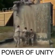 Inspirational Quotes Discover The Power of Unity Inspirational Videos - Military personnel helping each other one at a time together. Motivation and Inspiration from InnerLight Media Sweet Stories, Cute Stories, Funny Laugh, Funny Jokes, Wow Video, Human Kindness, Faith In Humanity Restored, Feel Good Videos, Military Personnel