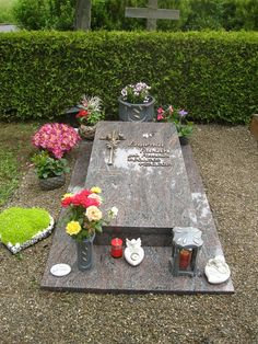 Fabian Cemetery Decorations, Table Decorations, Memorial Stones, Funeral, Diy, Furniture, Home Decor, Movie, Patterns